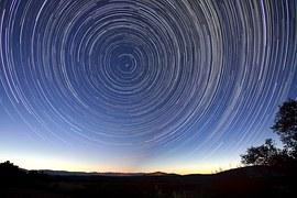 star-trails-828656__180